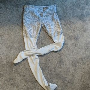 Alo Yoga Goddess ribbed sock leggings